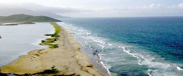 Playa Punta Ballena, para los amantes de la adrenalina