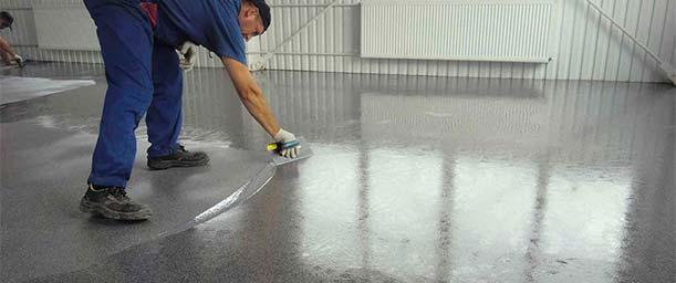 Cómo pulir un piso de cemento