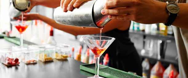 ¿Cómo se forma un Bartender?