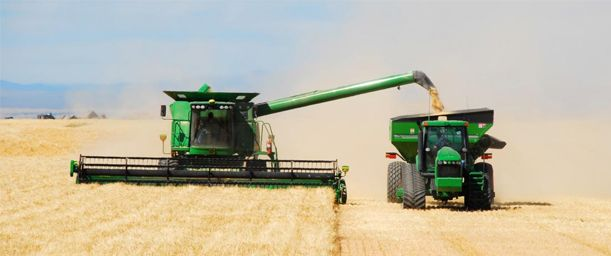 Tipos de maquinaria y productos que se usan en agricultura y cría